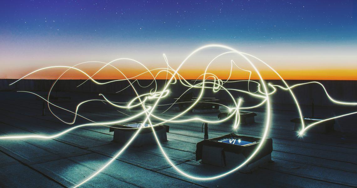 Pratica di Vinyasa Energy Flow, breve e intenso